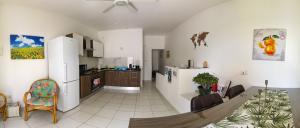 575pano_20190420_115516-kitchen-kitchen